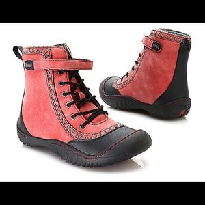 Jambu red/ black hiking boots 7